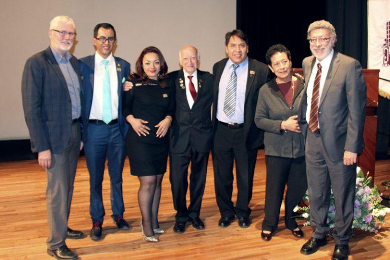 Optometristas del IPN reconocen al Dr. Abraham Bromberg por su contribución a la profesión y la salud visual de México